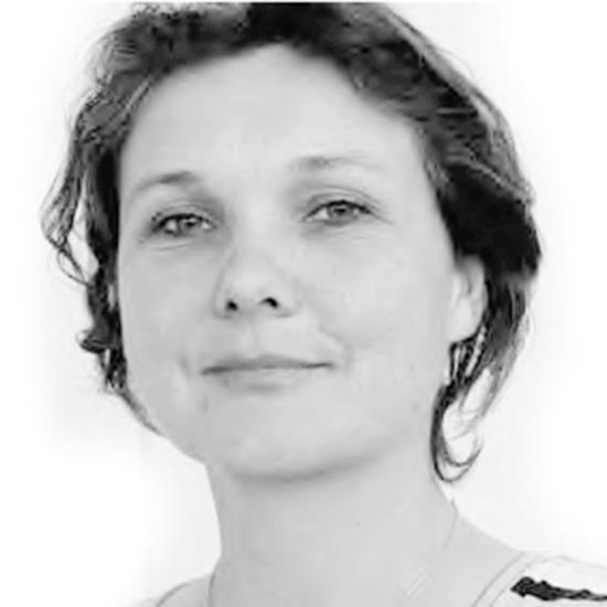 Nadine Pakker